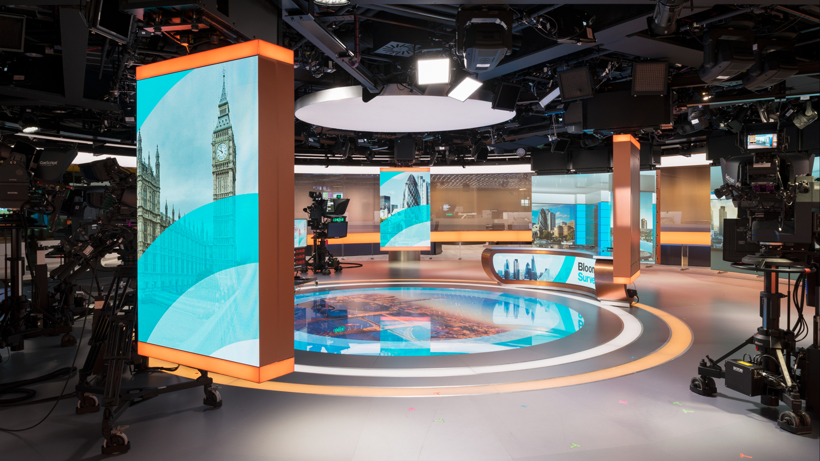 ncs_Bloomberg-London-TV-Studio-Newsroom-Jack-Morton_0003
