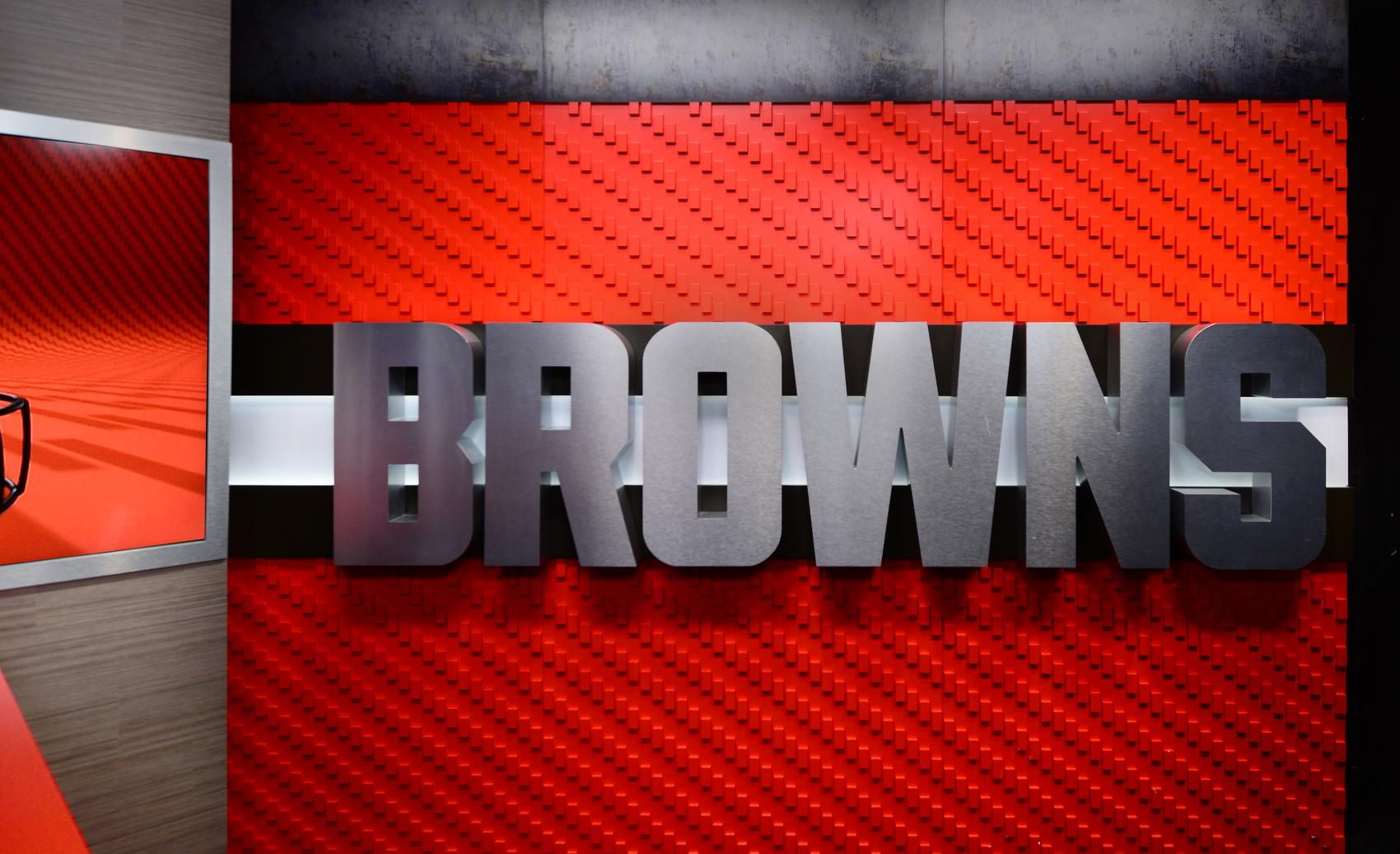 NCS_NFL_Cleveland-Browns_TV-Studio_0004