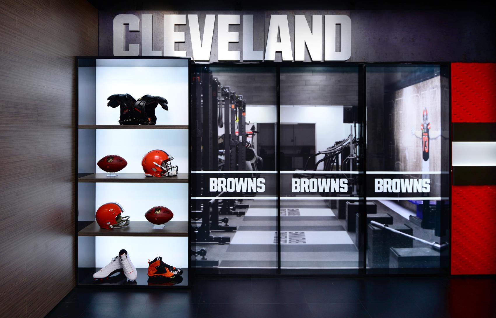 NCS_NFL_Cleveland-Browns_TV-Studio_0005