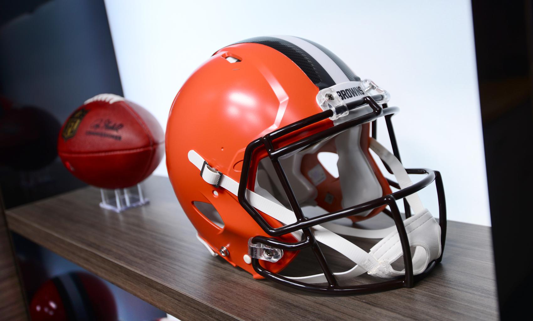 NCS_NFL_Cleveland-Browns_TV-Studio_0007