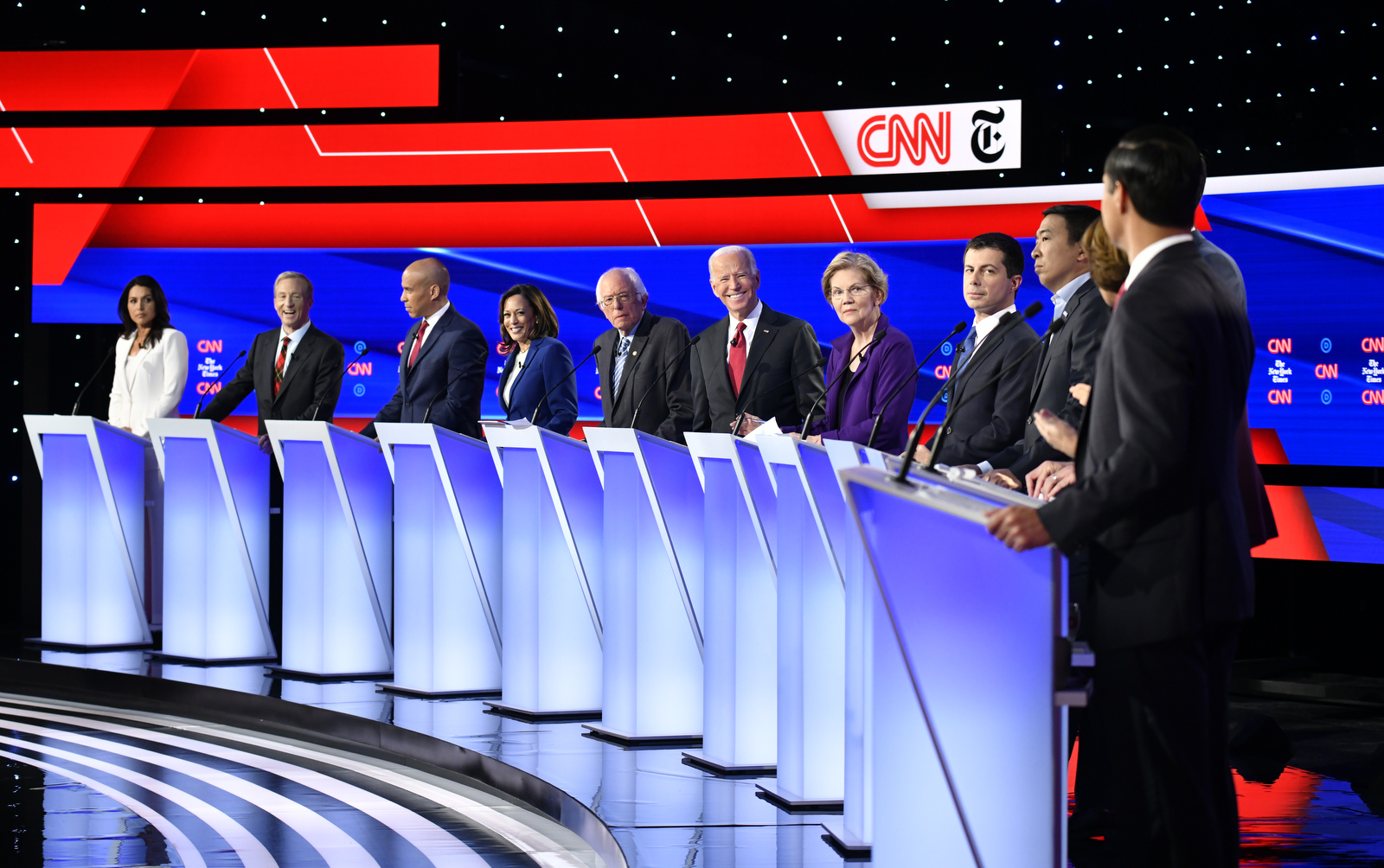 ncs_CNN-Dem-Debate-Ohio_025