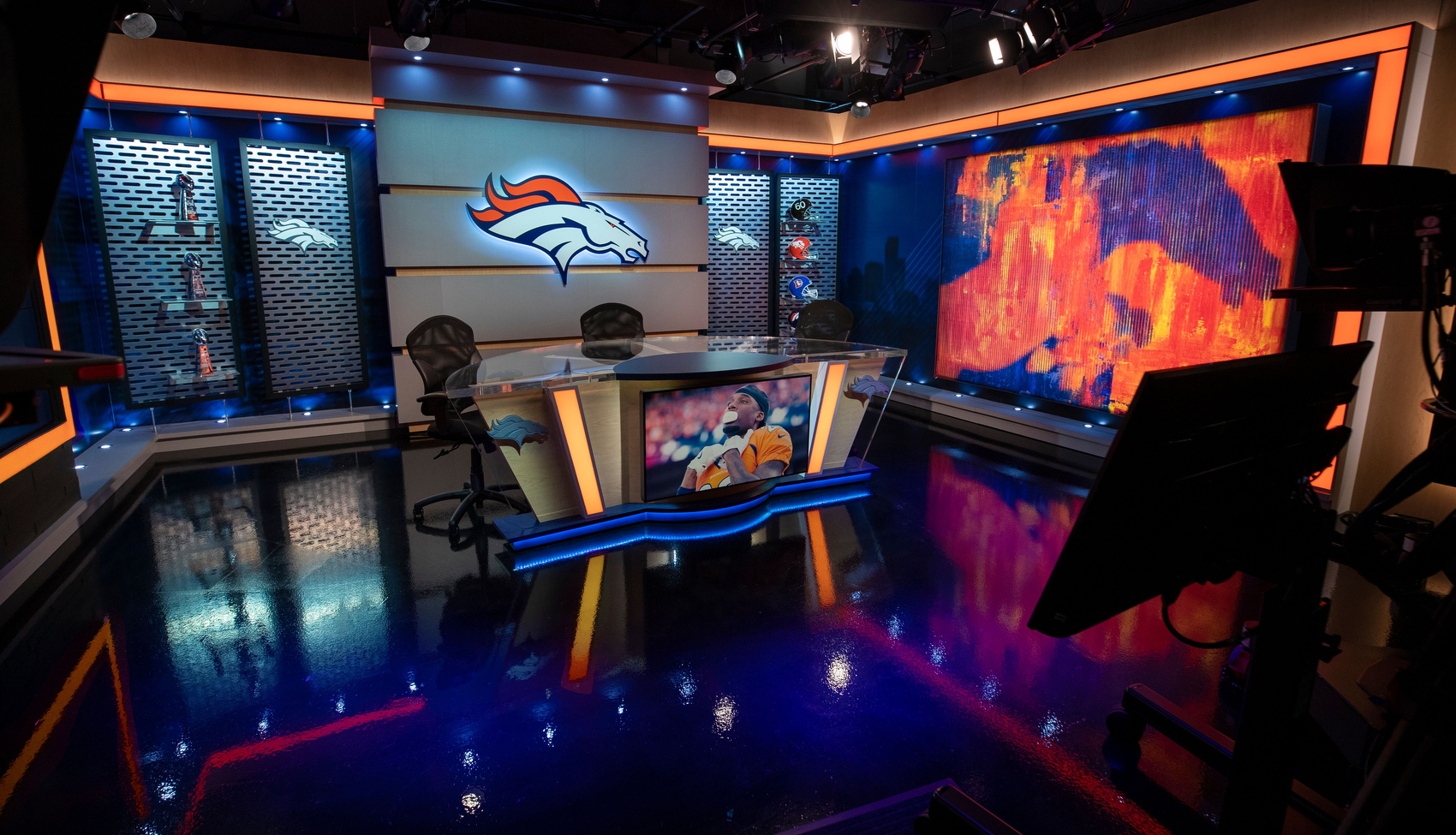 NCS_NFL-Denver-Broncos-TV-Studio_0001