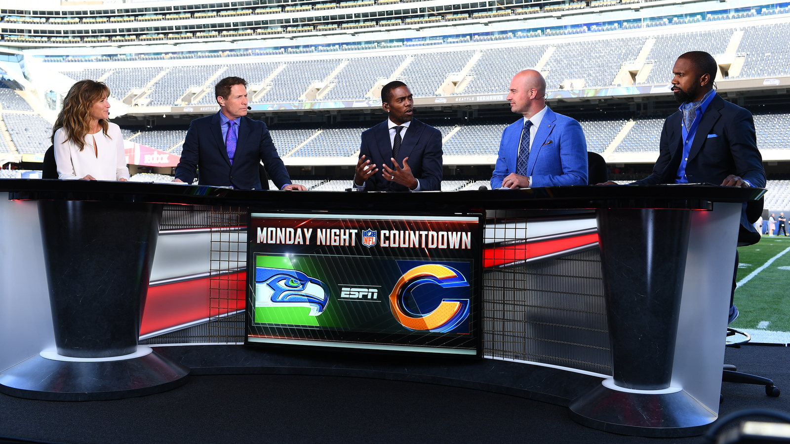 NCS_ESPN-NFL-Monday-Night-Countdown-0009