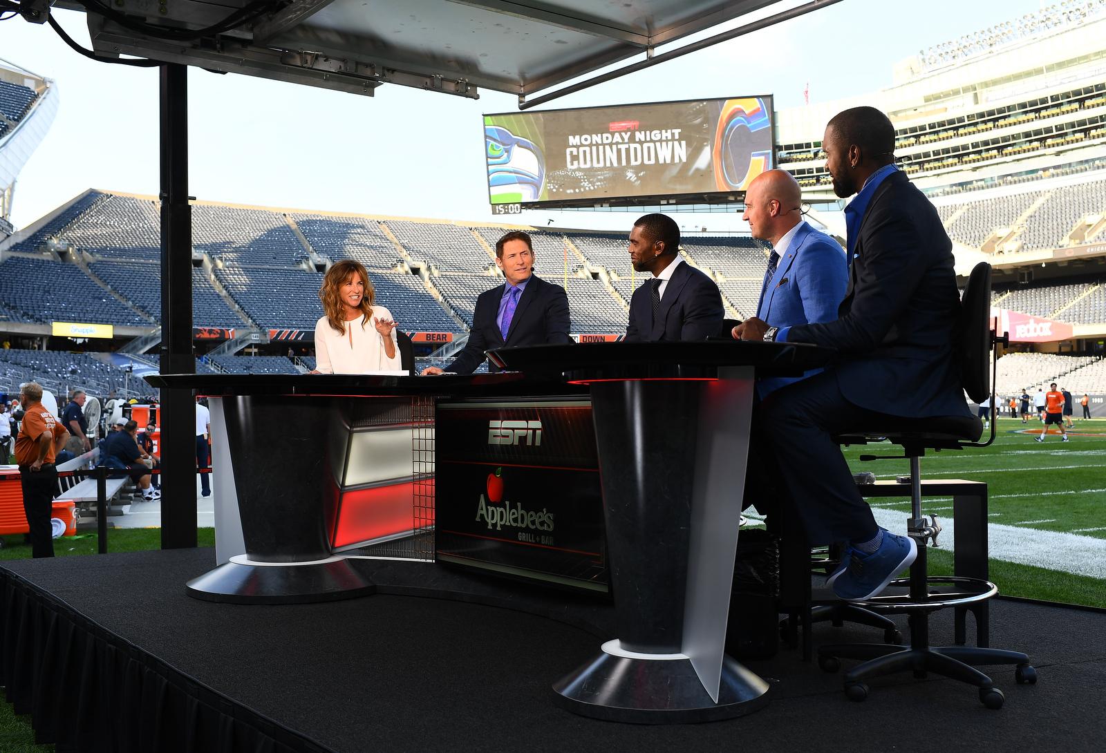 NCS_ESPN-NFL-Monday-Night-Countdown-0011