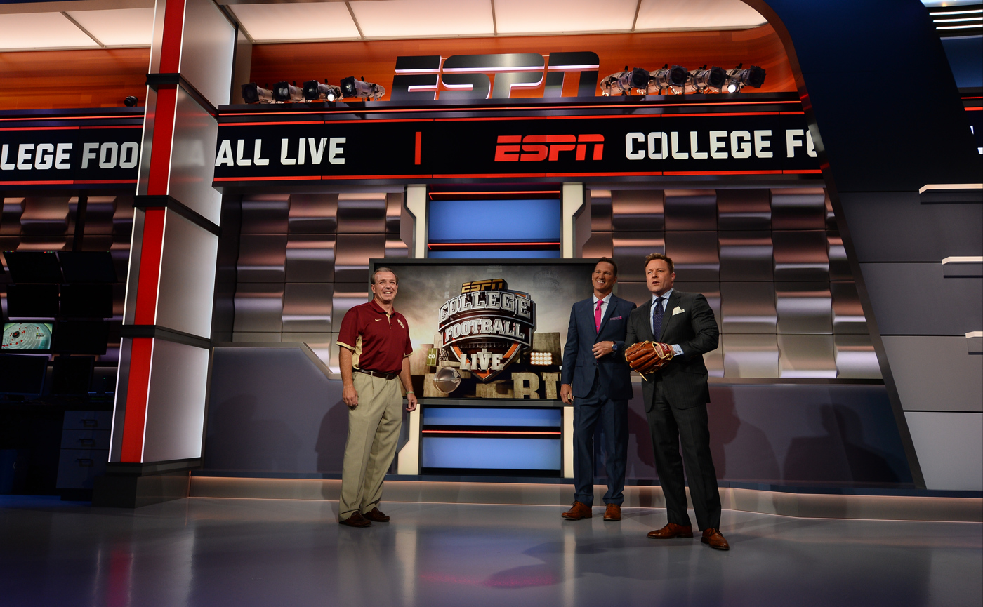 ncs_espn-studio-f-set-design_0004