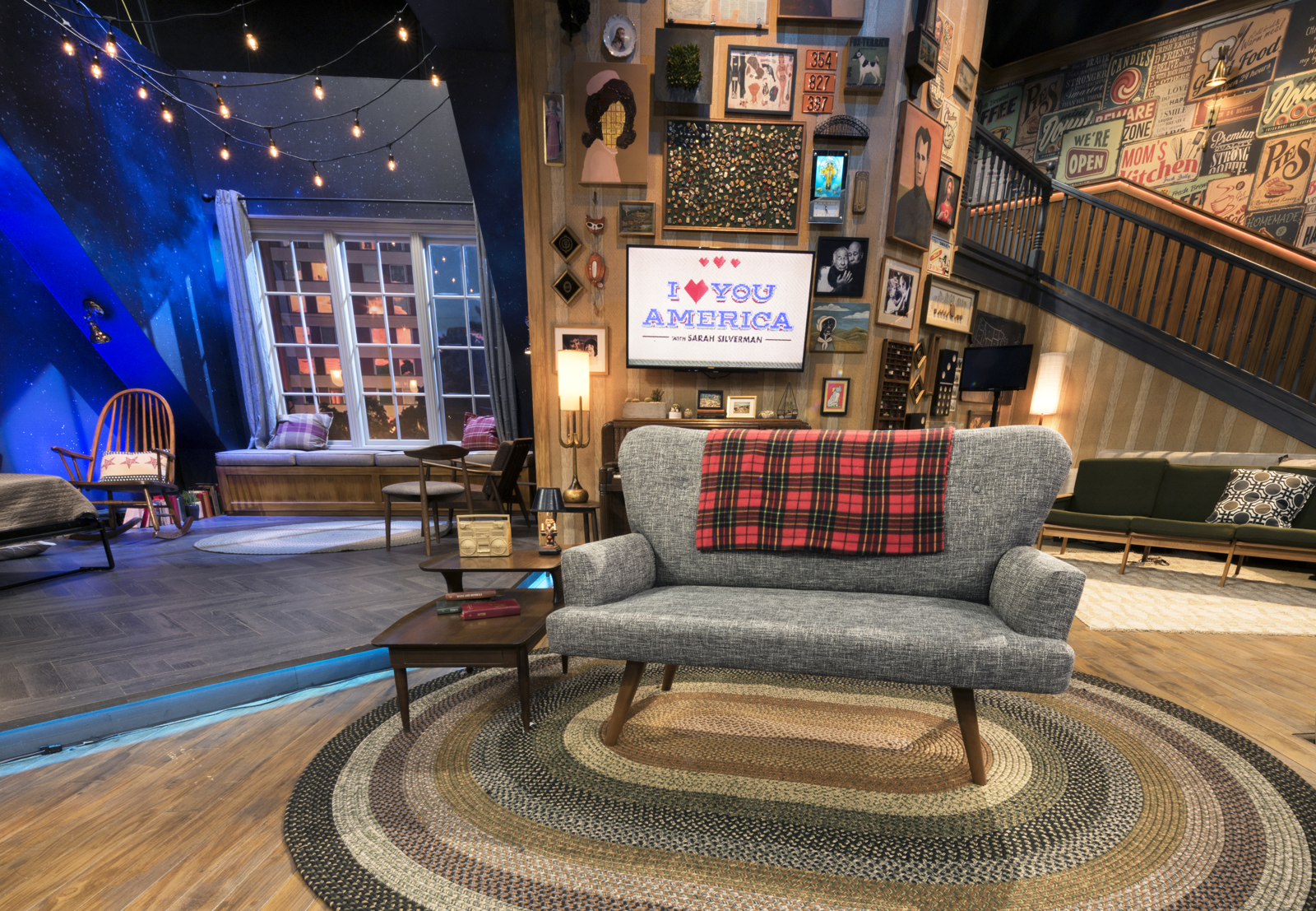 ncs_i-love-you-america-sarah-silverman-scenic-design-couch_0001