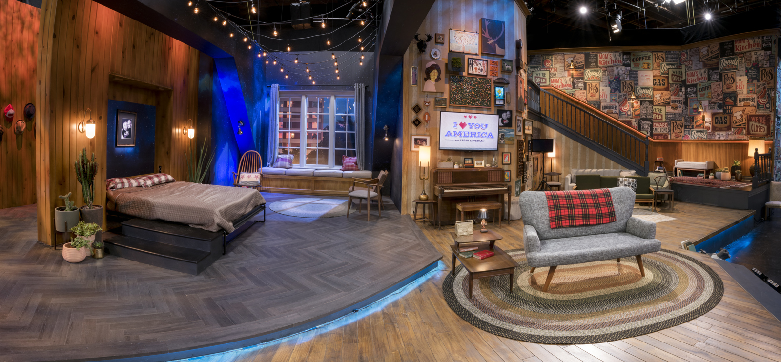 ncs_i-love-you-america-sarah-silverman-scenic-design-couch_0003