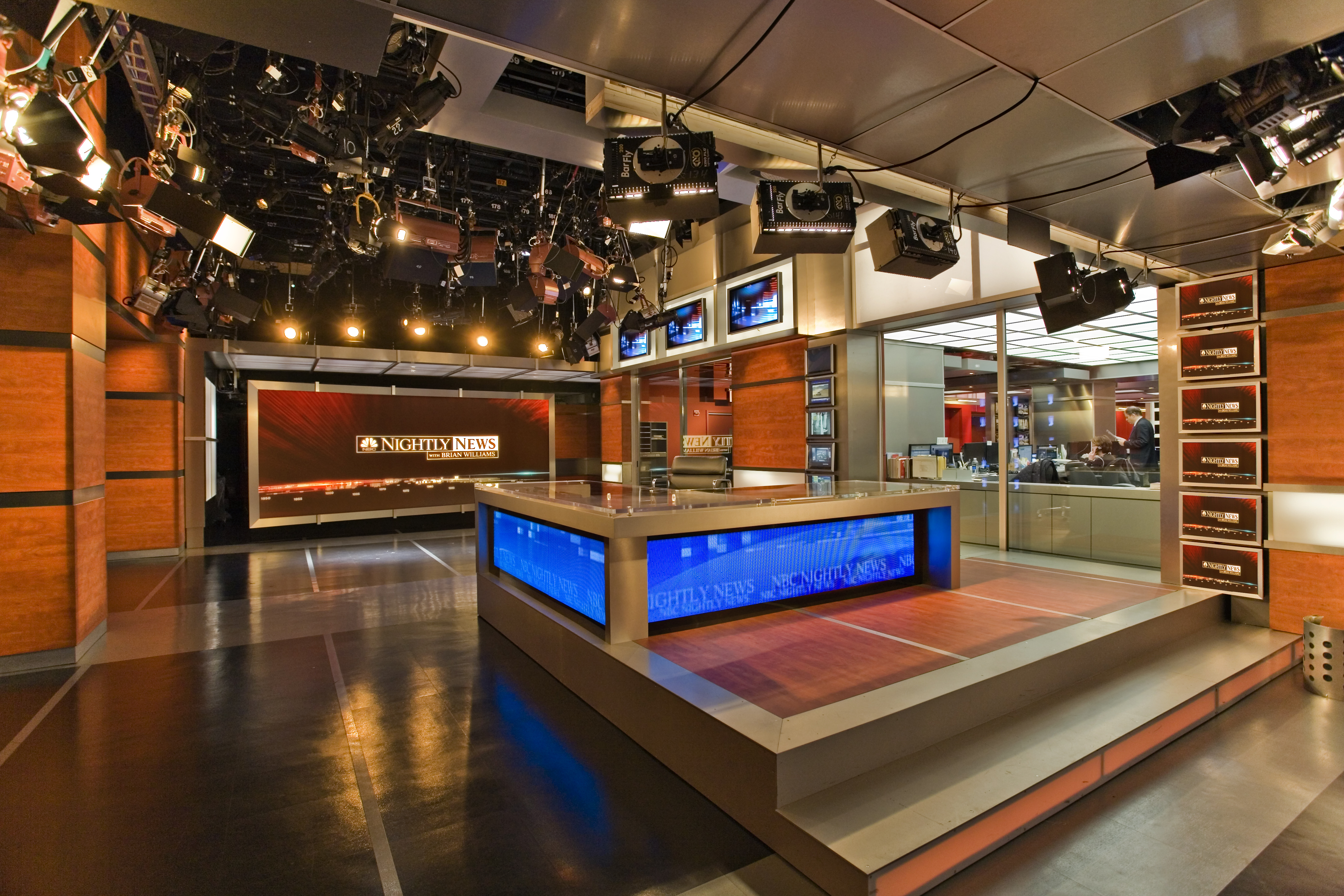 ncs_nbc-nightly-news-studio-3c-2007_0001