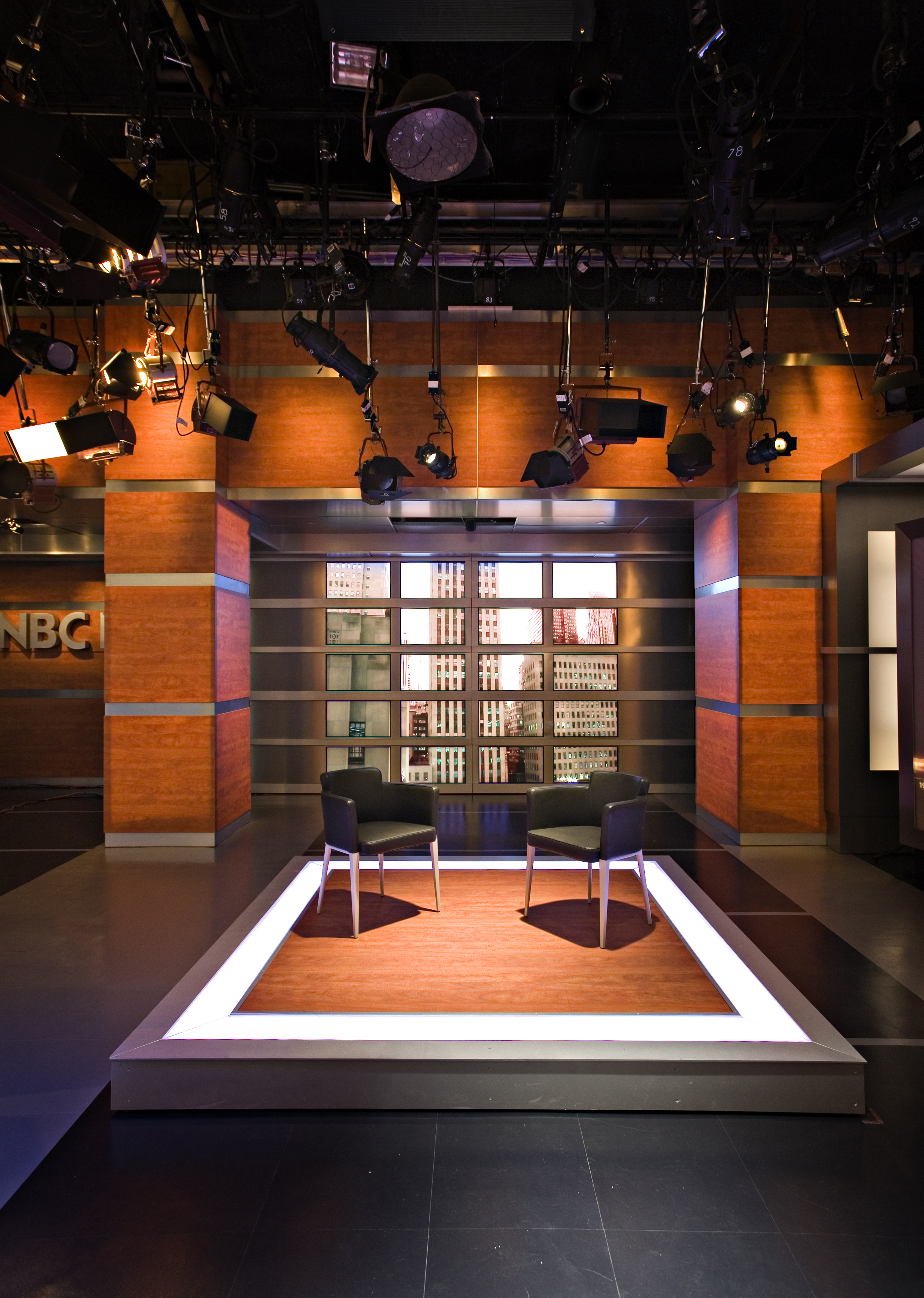 ncs_nbc-nightly-news-studio-3c-2007_0003