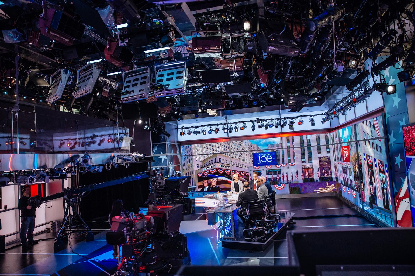 NCS_NBC-News-MSNBC-Election-Night-2016_0008