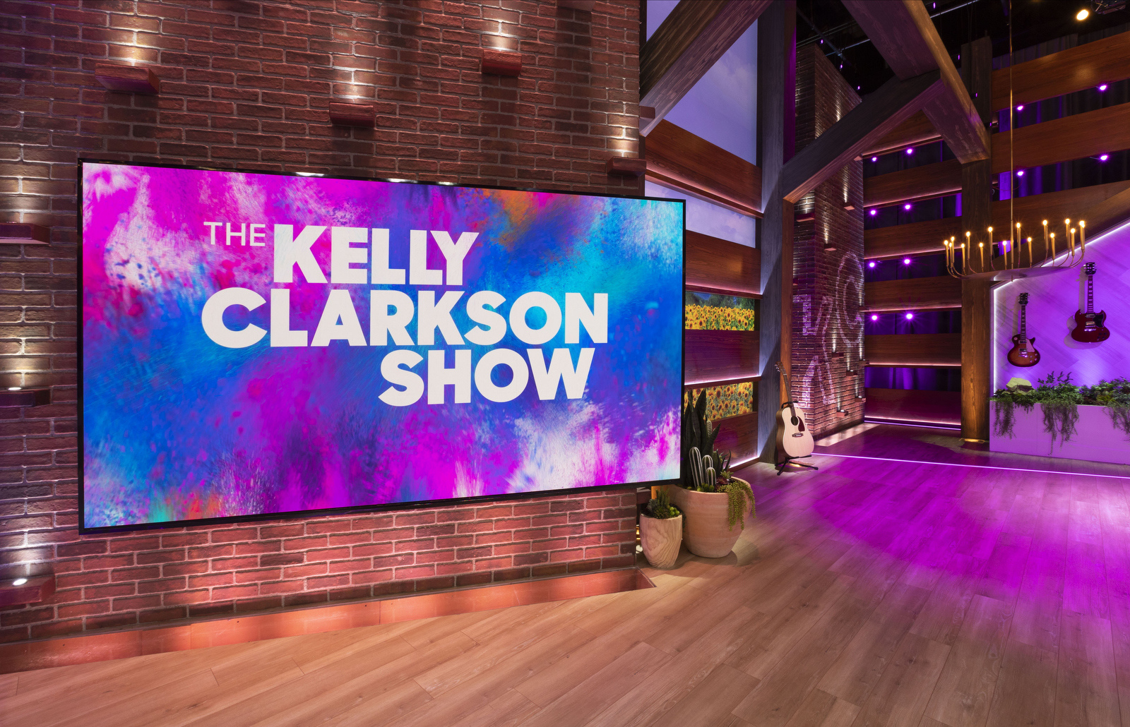 The Kelly Clarkson show shot by Monica Orozco