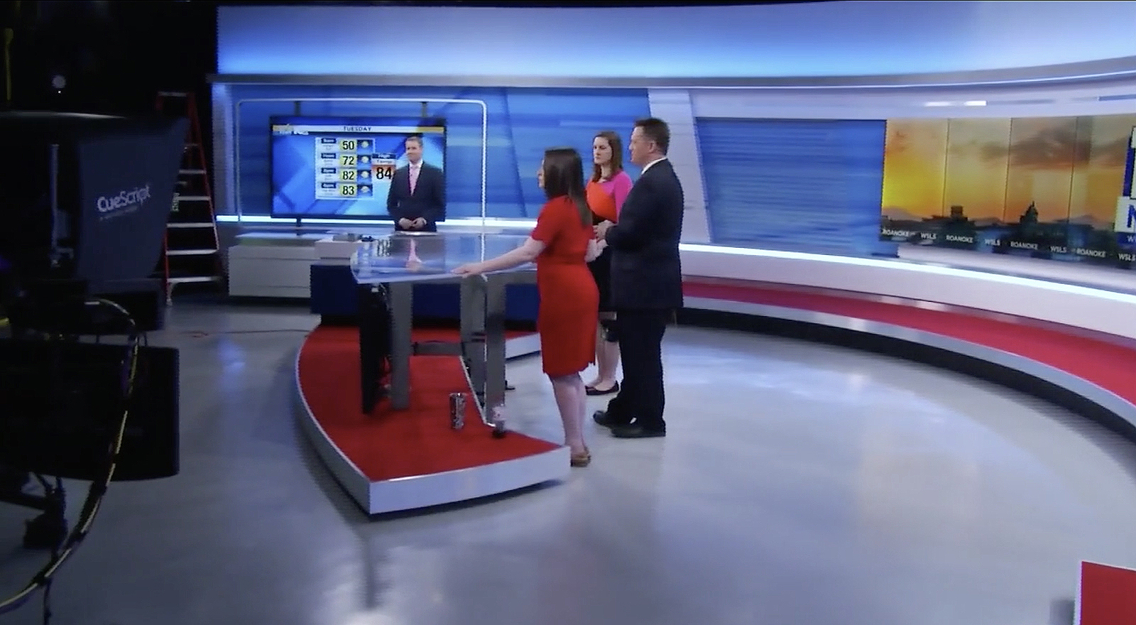 NCS_WSLS-10-News-studio_0055