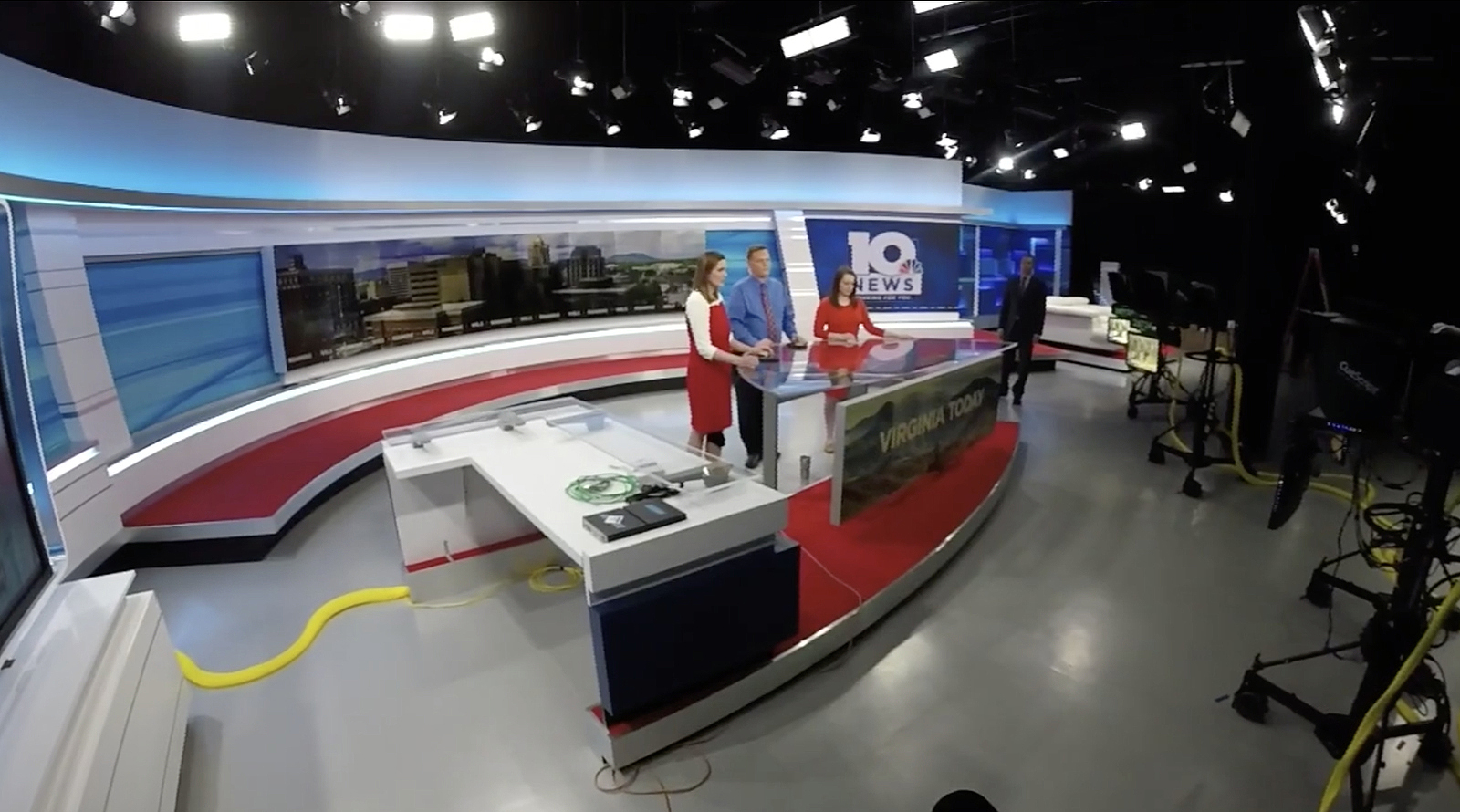 NCS_WSLS-10-News-studio_0059